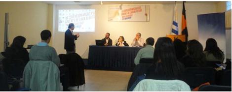 Mesa de diálogo: La educación media y los jóvenes  de cara al futuro.
